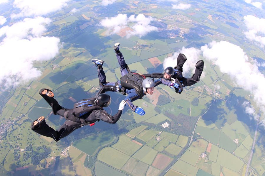 Learn to skydive by AFF Skydiving